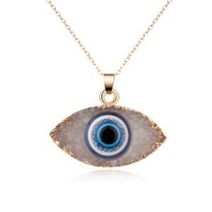 Jewelry - ❄️Evil Eye Pendant Necklace